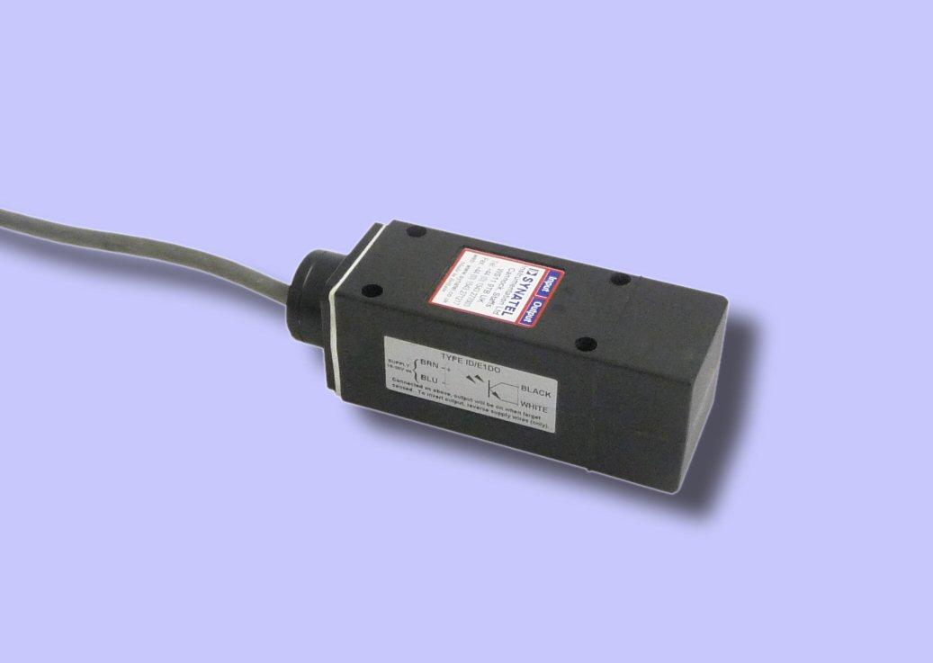 UD1DR - ID/E1DOv DIN Proximity Sensor